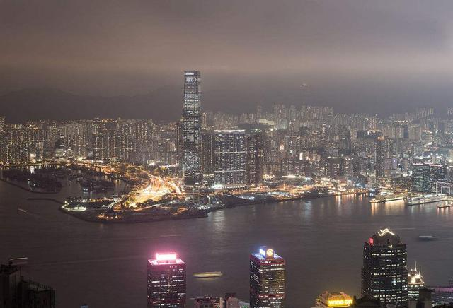 Top 10 Tallest Buildings in china Hong Kong International Trade Plaza