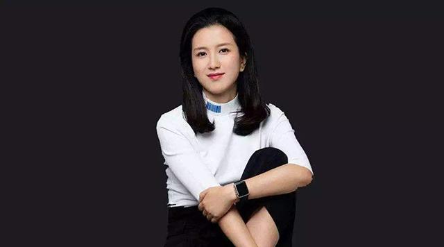 China's Top 10 Influential Business Women-huweiwei