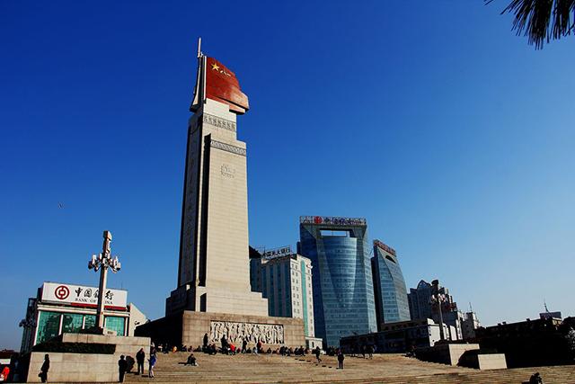 Top 10 City Squares in China-Nanchang Bayi Square