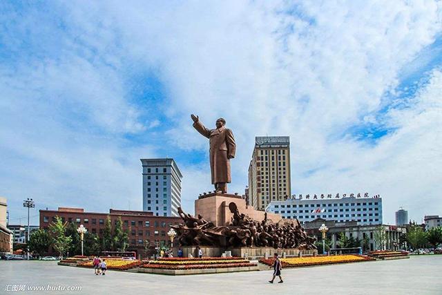 Top 10 City Squares in China-Shenyang Zhongshan Square
