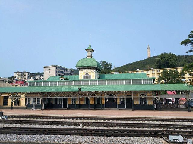Top 10 Most Beautiful Railway Stations in China-Lvshun Railway Station