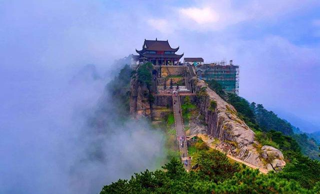 Four FamousMountains of Buddhism in China-Jiuhua mountain