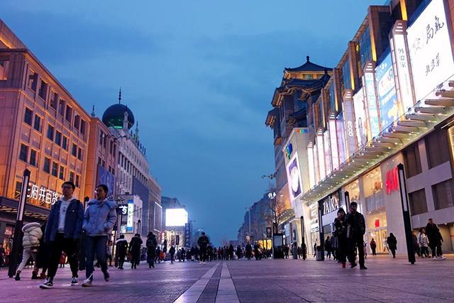 Top 10 Ancient Street in Beijing-Wangfujing Walkway