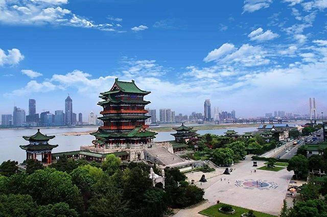 Top 12 Classic Ancient Buildings in China-Tengwang Pavilion