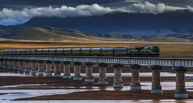 Super Projects In China Qinghai-Tibet Railway