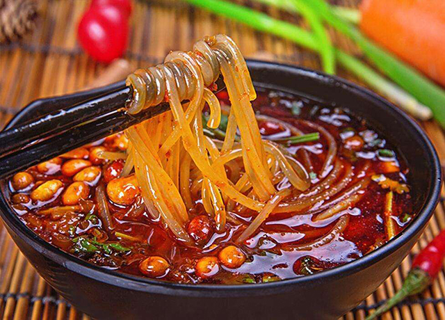 10 Local Specialties Breakfast In China-Chongqing Suanlafen