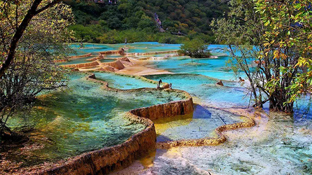 Most Beautiful Places To Visit In China-Jiuzhaigou
