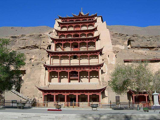 Top 10 Human Landscapes in China-Mogao Grottoes