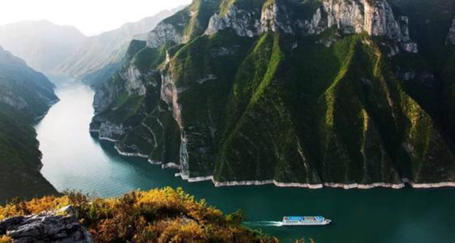 Top 10 Most Beautiful Canyons in China-The Three Gorges of the Yangtze River