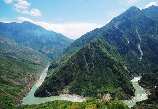 Top 10 Most Beautiful Canyons in China-Yarlung Zangbo Grand Canyon