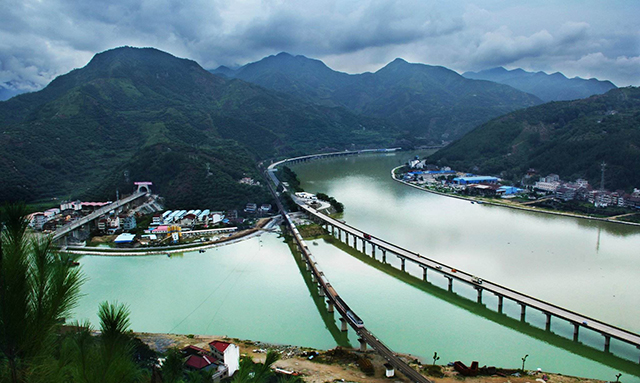 Top 10 Most Beautiful Railway Travel Routes in China-Jin Liwen High Speed Rail