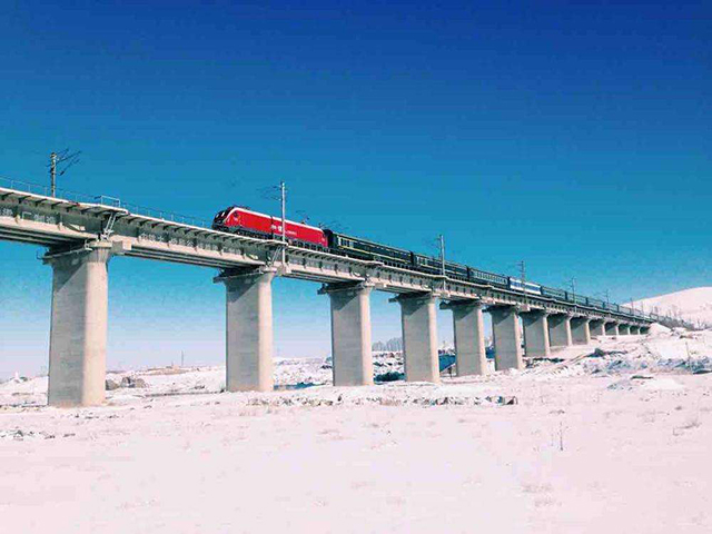 Top 10 Most Beautiful Railway Travel Routes in China-Lanxin Railway
