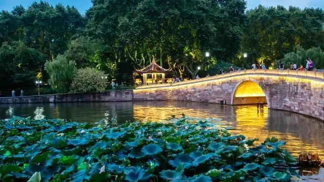20 Cities Most Suitable For Old-age Health in China-hangzhou