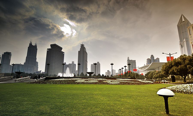 Top 10 City Squares in China-Shanghai People's Square