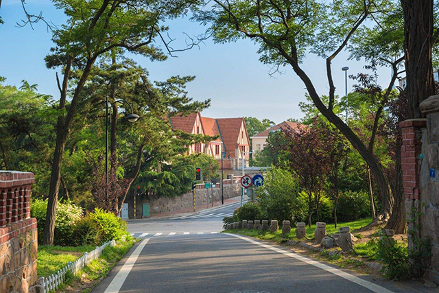 Top 10 Historical And Cultural Streets in China-Qingdao Badaguan