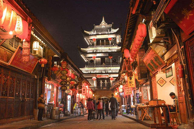 Top 10 Charming Ancient Towns in China