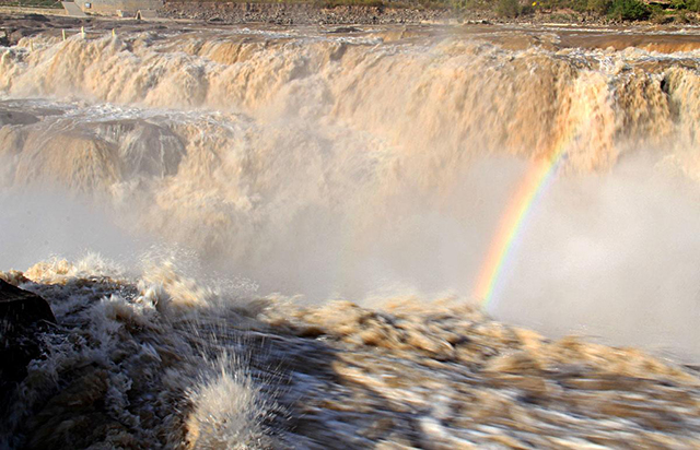 China's Top Ten Waterfalls-Shanshan Yellow River Hukou Waterfall