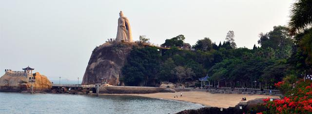 Top 10 Love Holy Places in China-Gulangyu