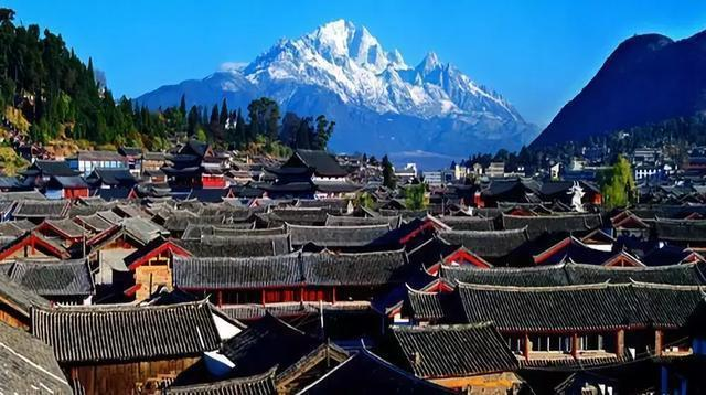 Top 10 Love Holy Places in China-Lijiang ancient city