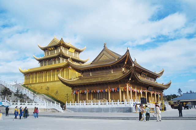 Four Famous Mountains of Buddhism in China-Emei Mountain