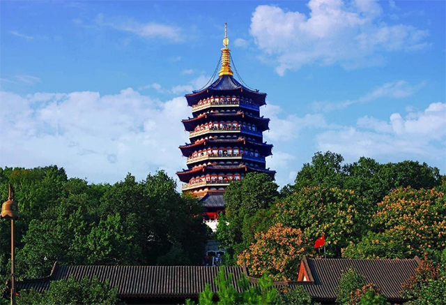 Top 10 Tourist Attractions In Hangzhou-Leifeng Tower